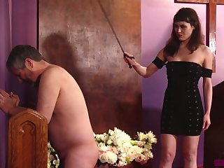 Naked plump fellow-worker has to pray to the fullest extent a finally being slapped by Audrey Noir
