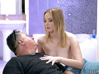 Lucky plump old pervert is treated with a good blowjob by frying Kiki Cyrus